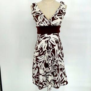 Jessica brown white belted Waist Sleeveless Dress